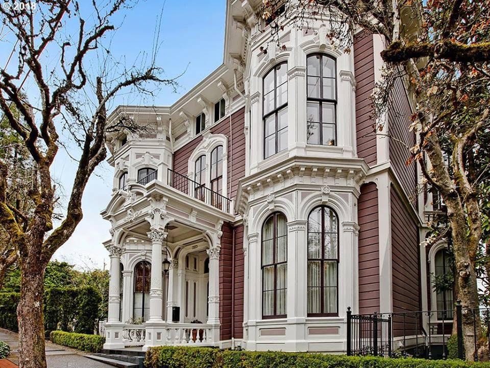 1892 San Fransisco Style House In Portland Oregon