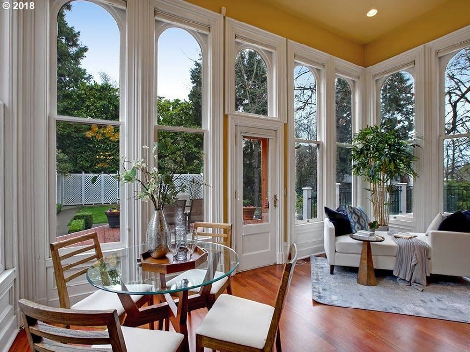 Oregon 1892 San Fransisco Style House