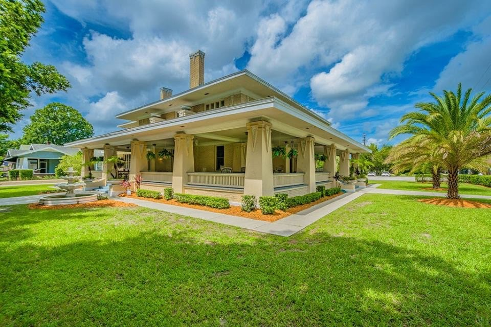 Florida 1917 Bungalow - The Deen House