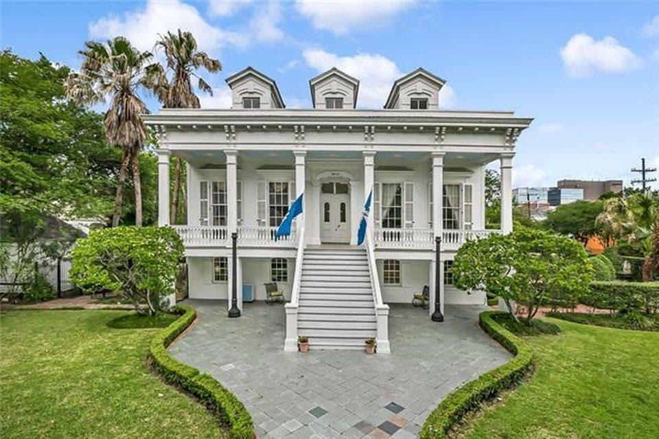 1866 Center Hall Villa For Sale In New Orleans Louisiana