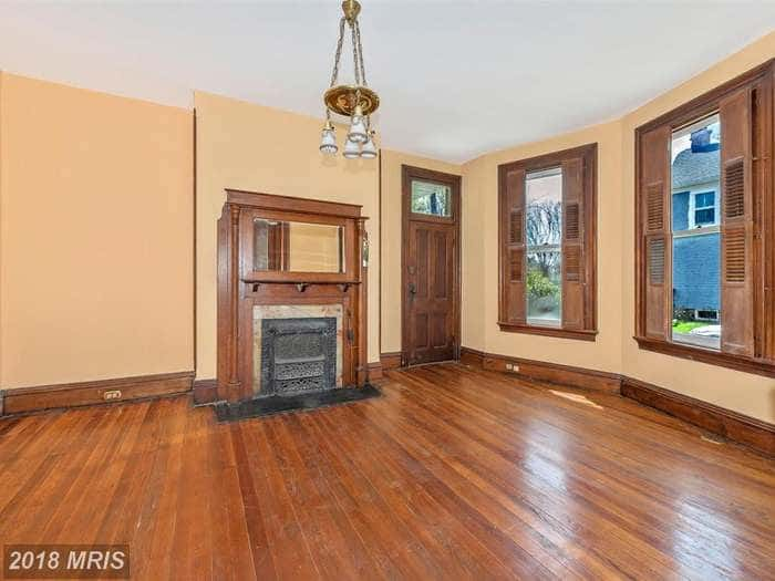 1900 Victorian For Sale In Buckeystown Maryland