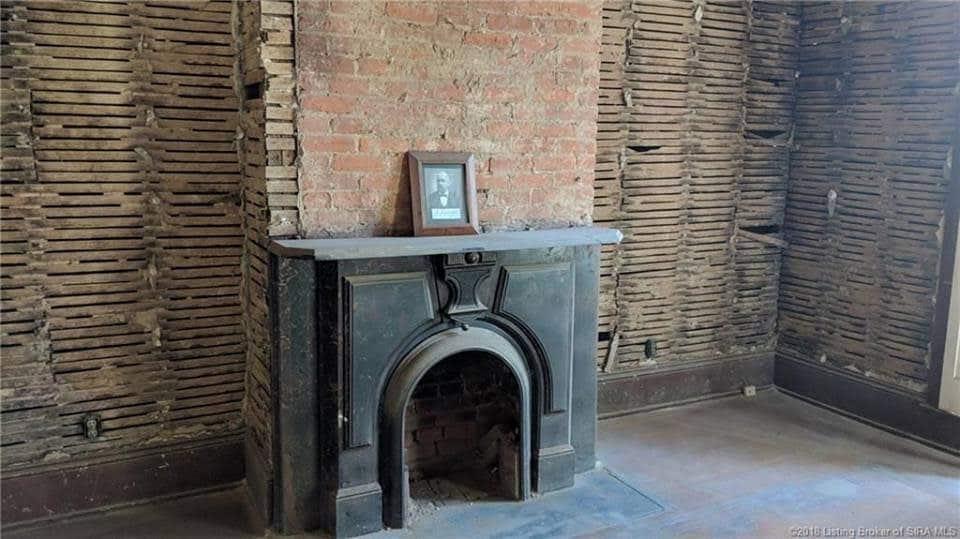 1870 Italianate Fixer Upper For Sale In Jeffersonville Indiana
