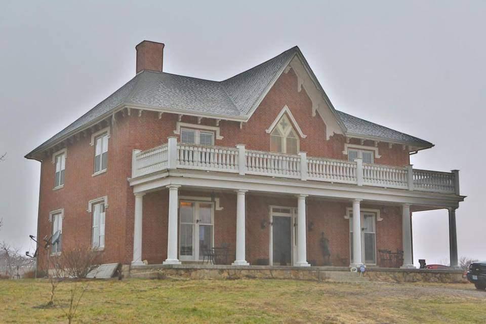1850 Talbot Home In Fayette Missouri