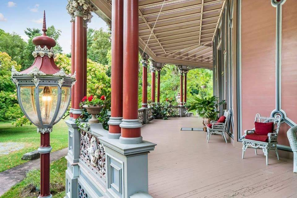 1860 Armour-Stiner Octagon House For Sale In Irvington New York