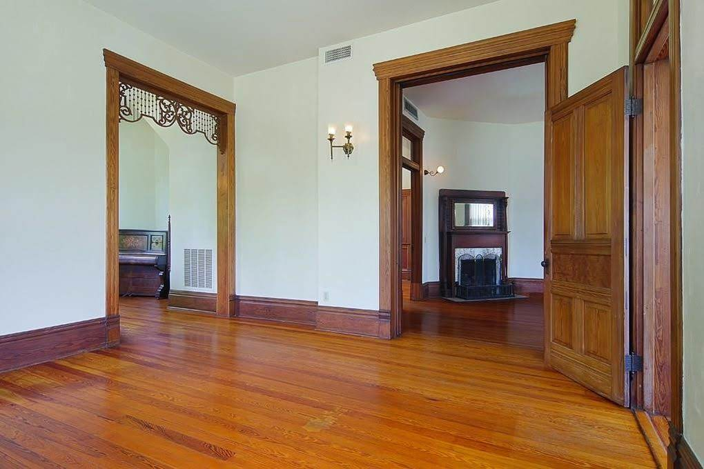 1892 Historic Victorian Mansion For Sale In Houston Texas
