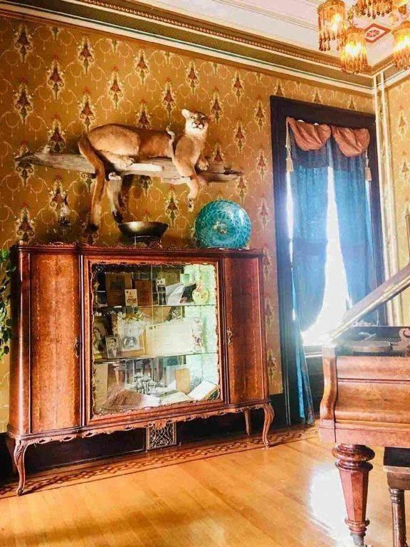1880 Lebold Mansion For Sale In Abilene, Kansas