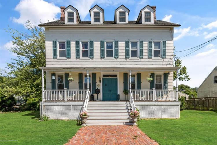 1860 Colonial For Sale In Port Monmouth New Jersey
