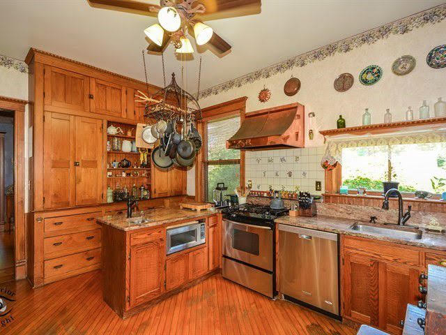 1895 Queen Anne For Sale In Peotone Illinois