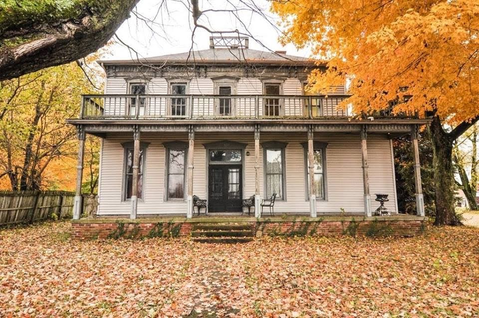 1838 Washburn Home In New Richmond Indiana
