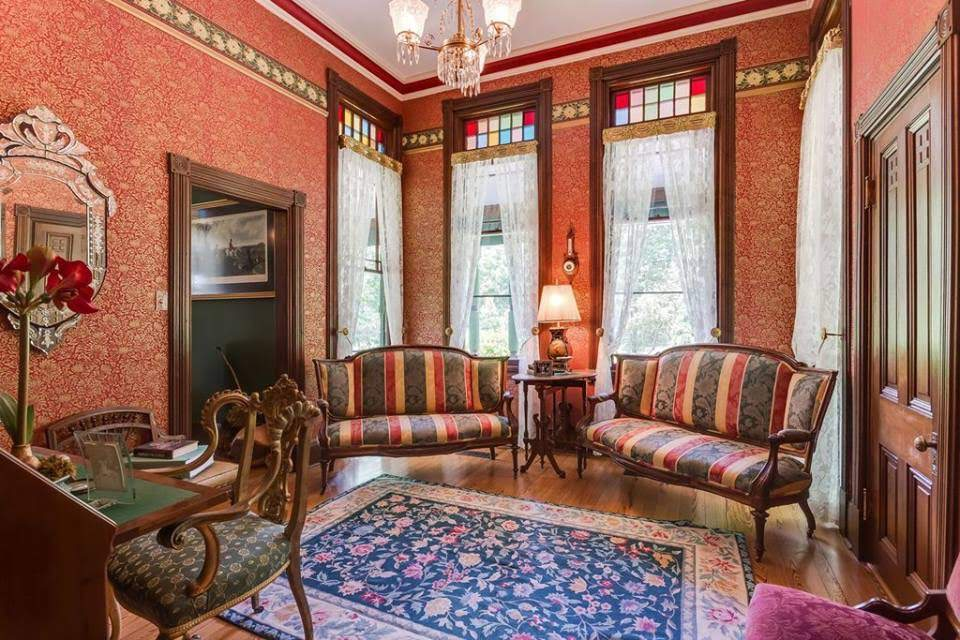 1886 Victorian For Sale In Hague Virginia