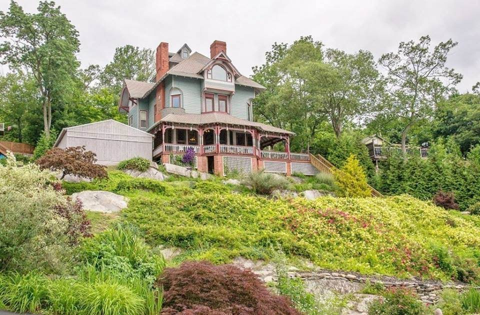 1865 Waterfront Victorian In Greenwood Lake New Jersey