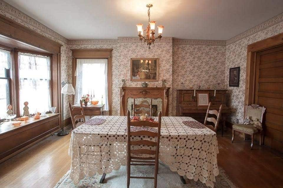 1885 Victorian For Sale In Brazil Indiana