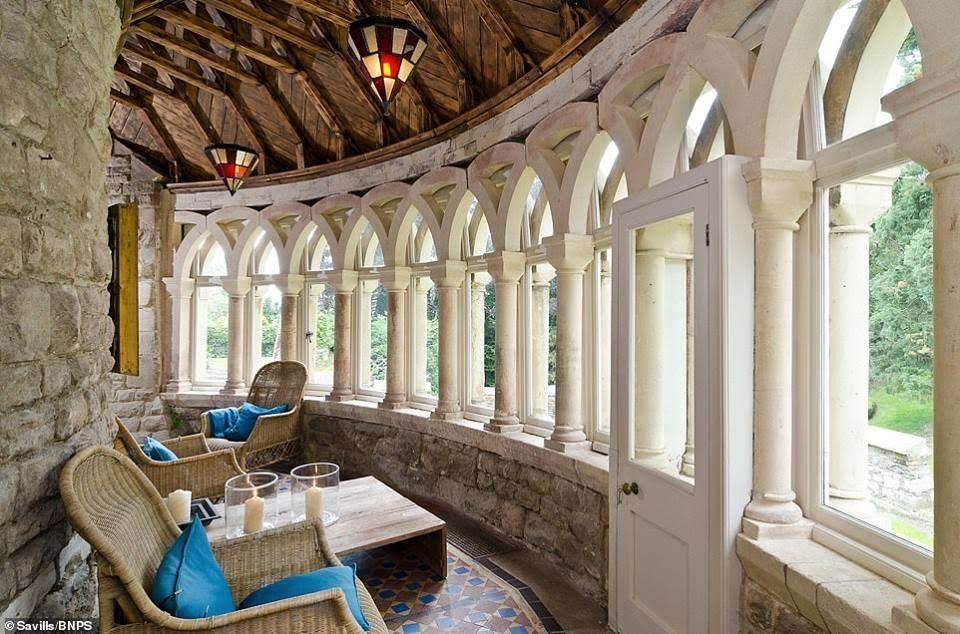 1080 Devizes Castle For Sale In Wiltshire England
