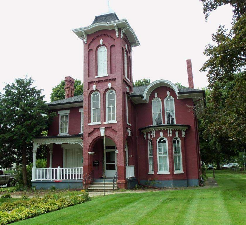 1888 Victorian In Coldwater Michigan — Captivating Houses