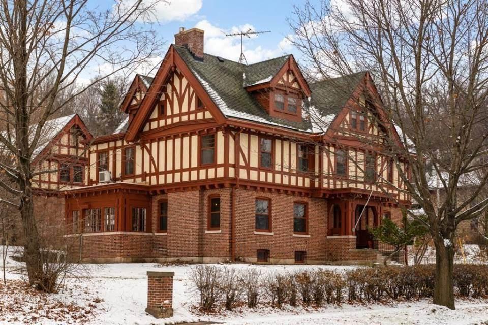 1907 Tudor In Red Wing Minnesota