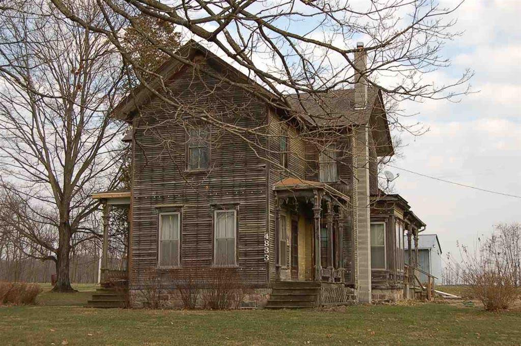 1890 Farmhouse In Spring Arbor Michigan
