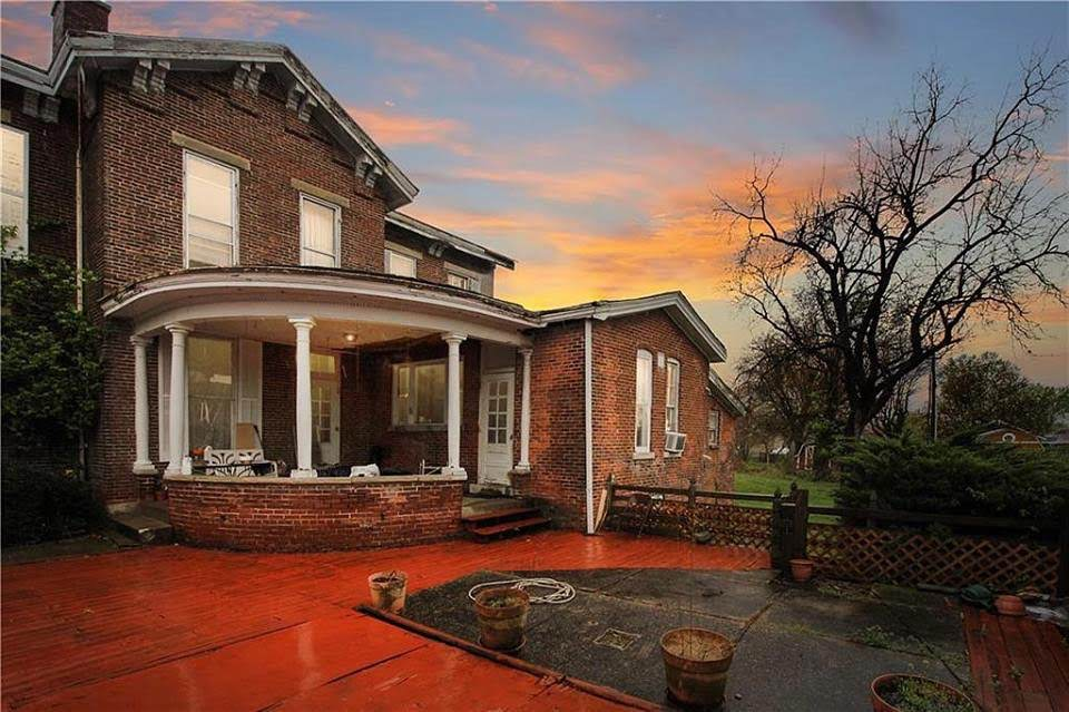 1849 Mansion For Sale In Martinsville Indiana