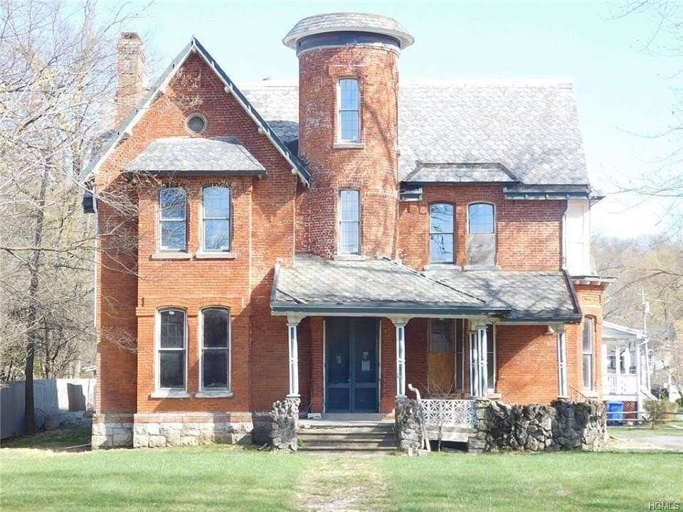 1892 Victorian In Goshen New York