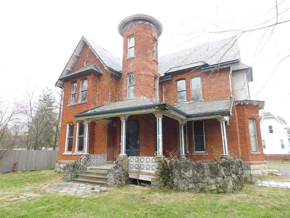 1892 Victorian For Sale In Goshen New York