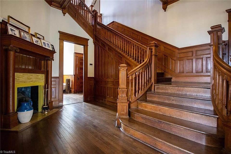 1904 Colonial Revival For Sale In Winston Salem North Carolina