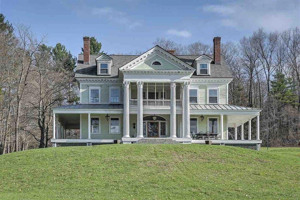 1910 Neoclassical In Walpole New Hampshire