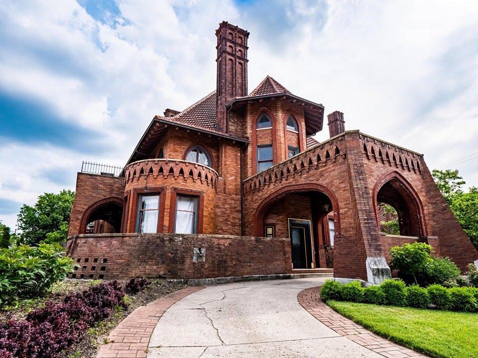 1895 Sells Mansion In Columbus Ohio
