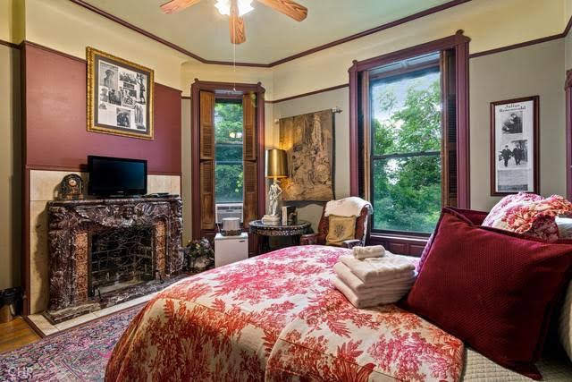 1890 Queen Anne Mansion For Sale In Chicago Illinois