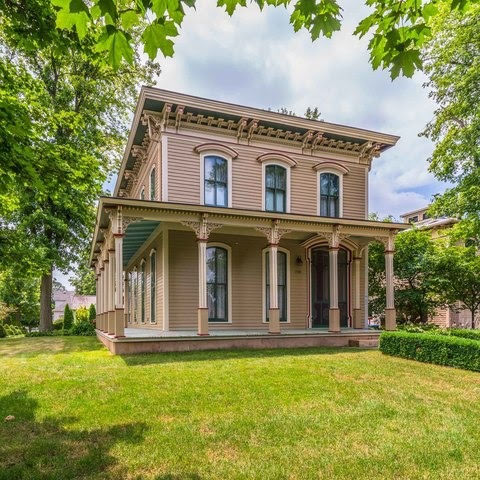 1869 Italianate For Sale In Lexington Illinois