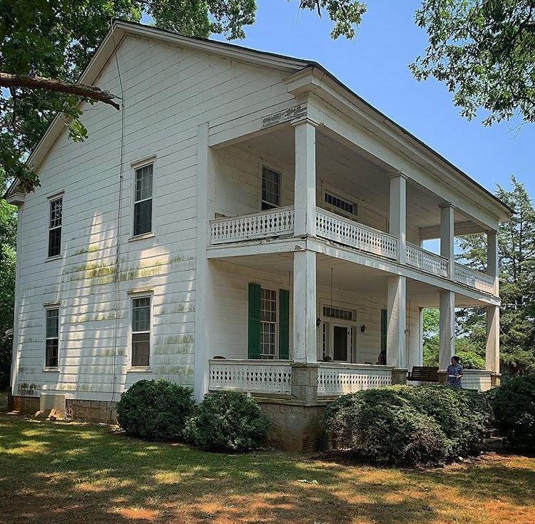 1860 Fixer Upper Farmhouse In Comer Georgia