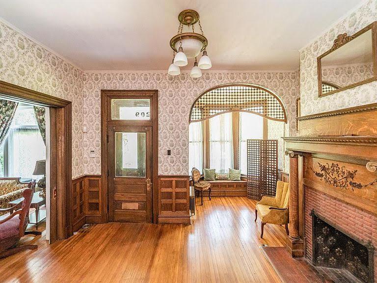 1902 Queen Anne For Sale In Lynchburg Virginia