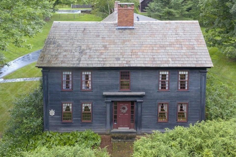 1745 Ryther House In Bernardston Massachusetts