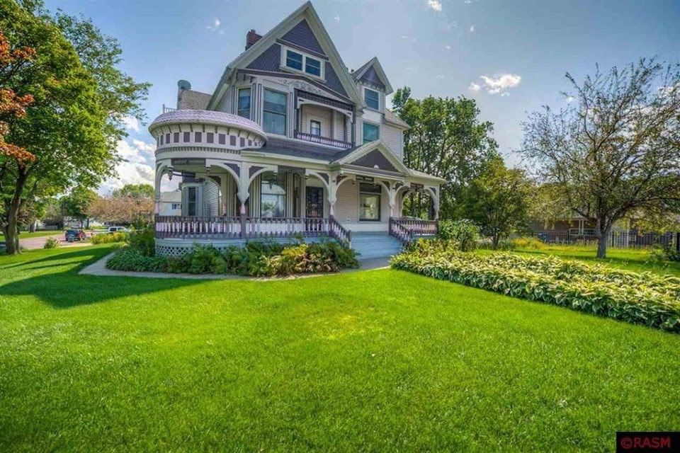 1896 Queen Anne In Saint James Minnesota