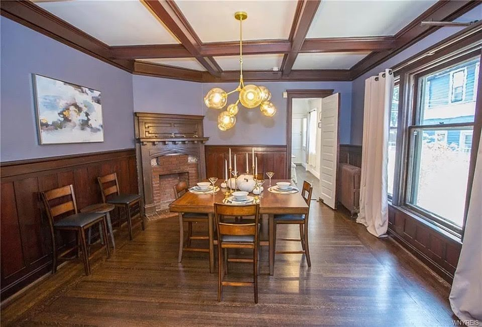 1900 Queen Anne For Sale In Buffalo New York