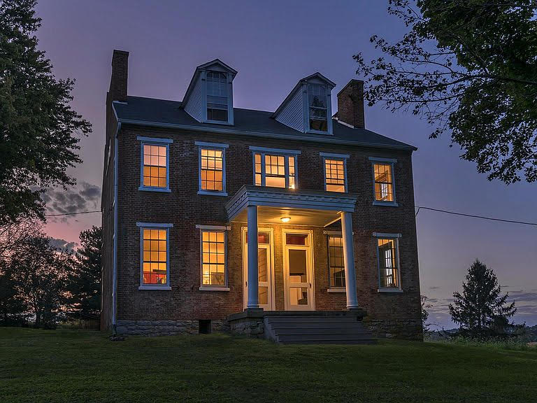 1830 Farmhouse In Marietta Pennsylvania