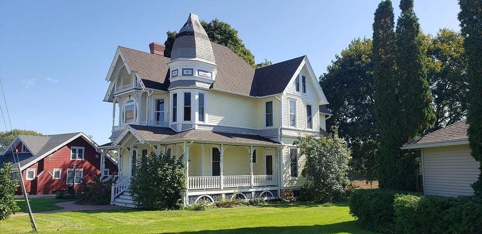 1900 Victorian For Sale In Hillsboro Wisconsin