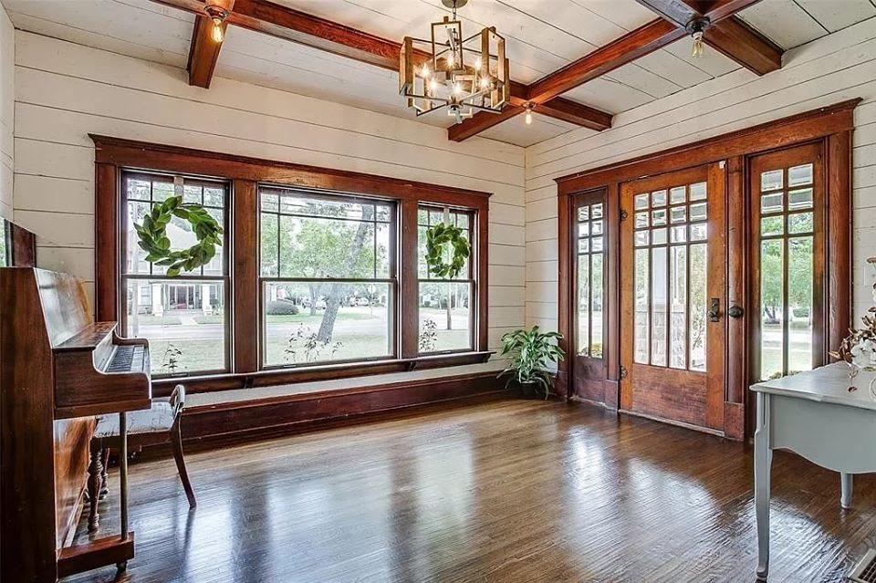 1910 Craftsman For Sale In Lewisville Texas