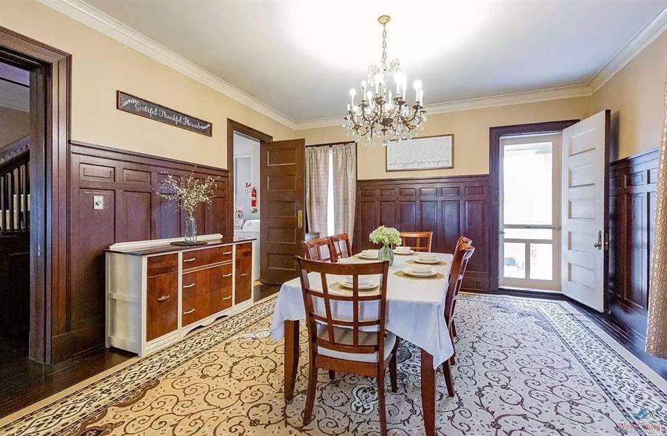 1900 Historic House For Sale In Sedalia Missouri