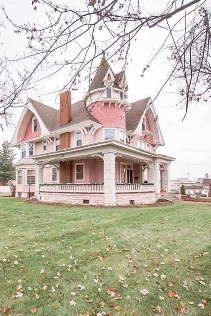 1880 Queen Anne For Sale In Ligonier Indiana