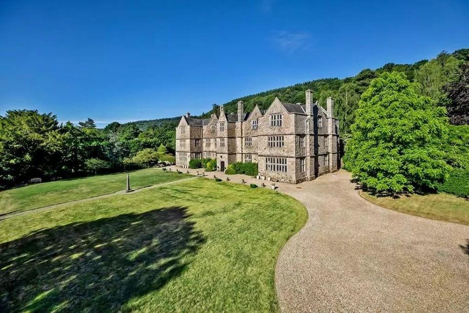 1125 Manor For Sale In Exeter England