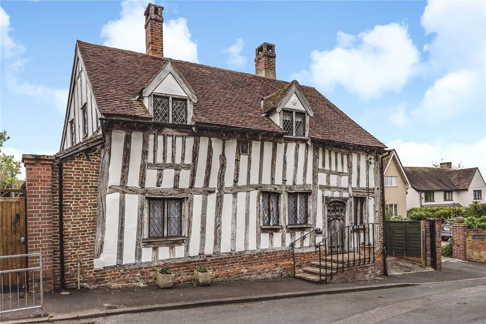 15th Century Barn Cottage For Sale In Suffolk England