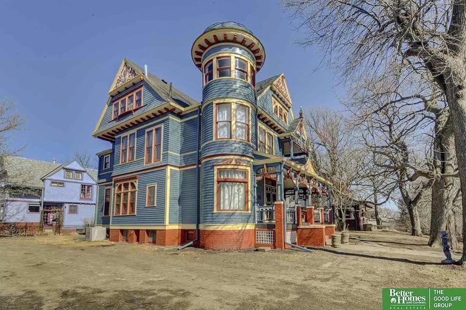 1889 Victorian For Sale In Omaha Nebraska