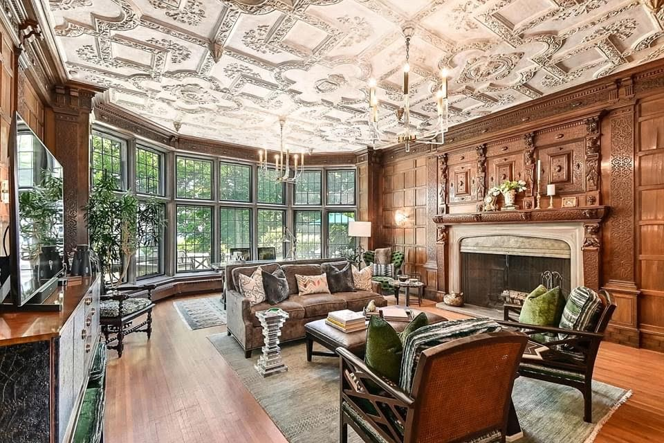 1914 Mansion For Sale In Milwaukee Wisconsin