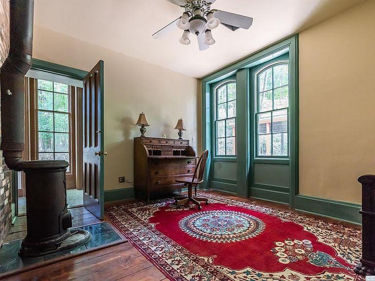 1838 Italianate For Sale In Stuyvesant New York