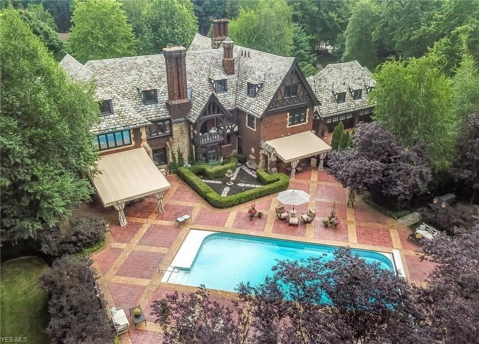 1925 Tudor Revival For Sale In Akron Ohio