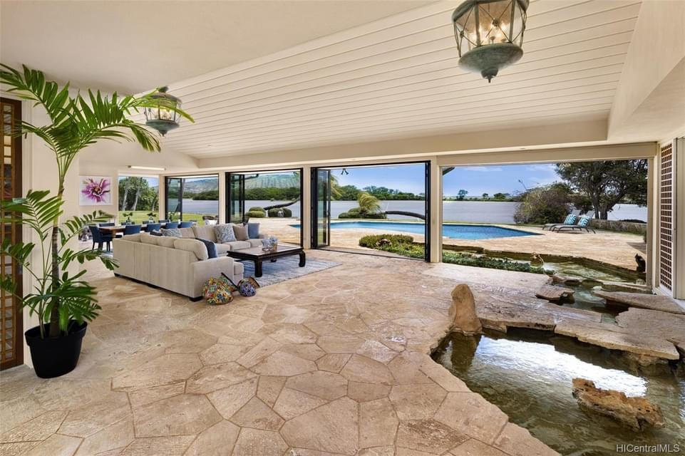 1964 Waterfront Home For Sale In Honolulu Hawaii