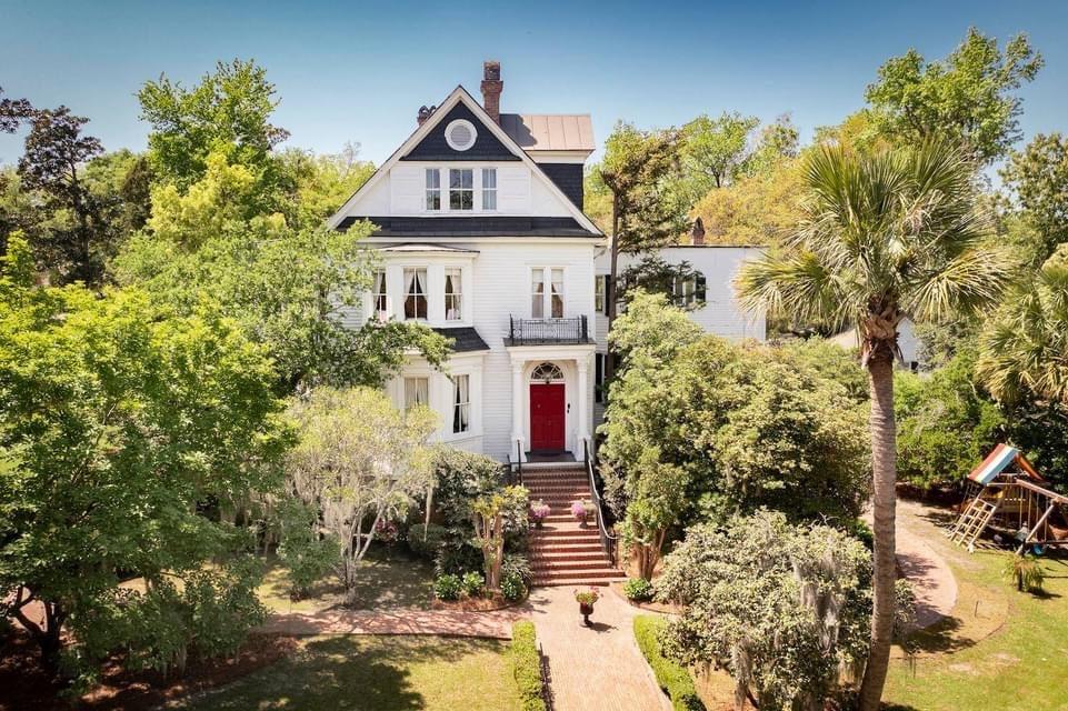 1897 Elizabeth Arden House For Sale In Summerville South Carolina