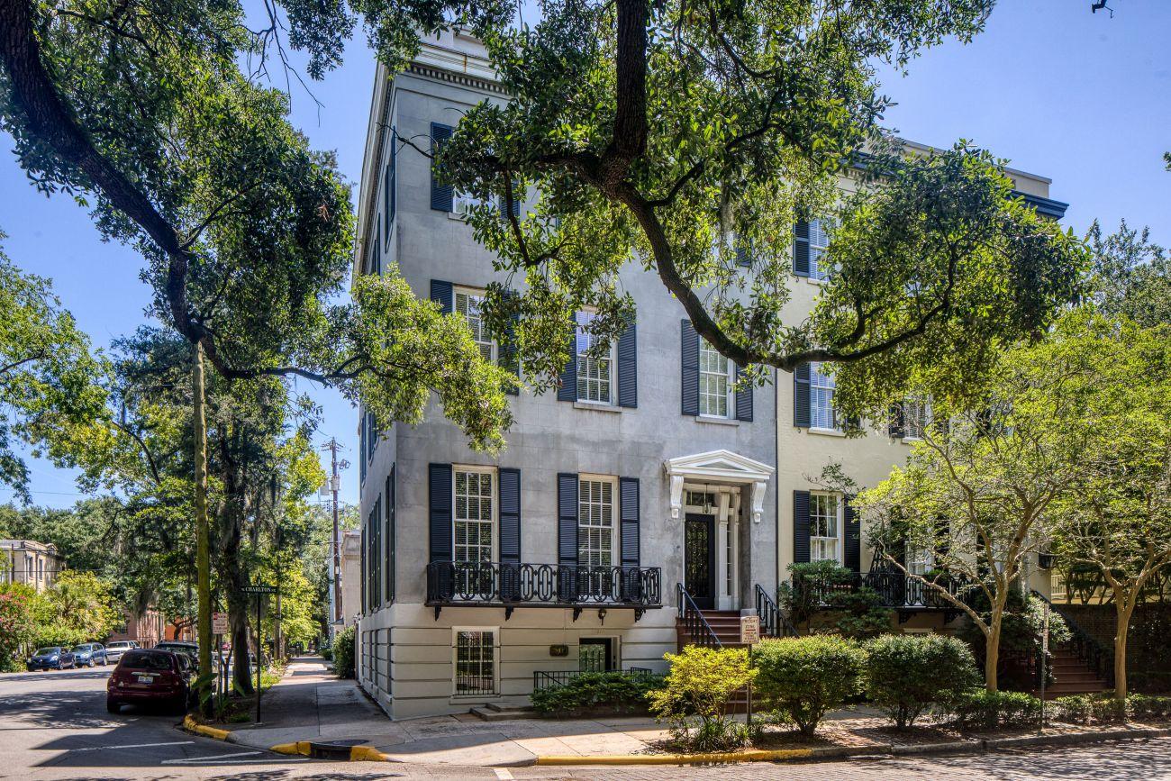 1854 Historic Home For Sale In Savannah Georgia