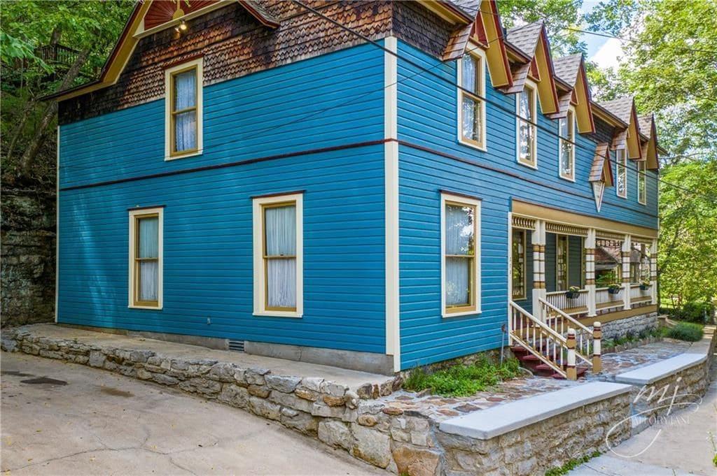 1898 Historic House For Sale In Eureka Springs Arkansas
